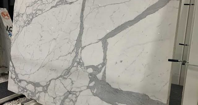 ABOUT STATUARIO MARBLE