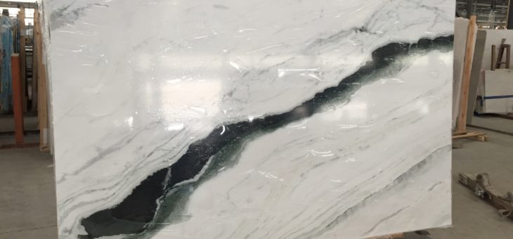 UNDERSTANDING THE DIFFERENCE BETWEEN CARRARA, CALACUTTA AND STATUARIO MARBLE: